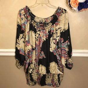 NWOT New Directions paisley on/off shoulder top